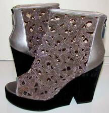 CHANEL Collectors! New with Tags 11P Silver Metal Floral Wedge Shooties 40