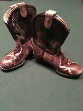 Baby 2- toned brown leather cowboy boots. Unisex .Size 6 toddler