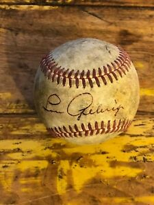 Lou Gehrig single signed Baseball Brown ink : red stich