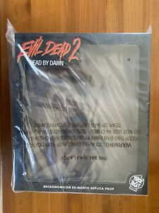 Evil Dead 2 Necronomicon Book of the Dead with Pages Trick or Treat Studios NEW