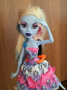 Monster High I Love Fashion Abbey Bominable Doll With Dot Dead Gorgeous Dress