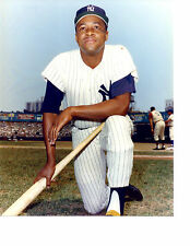 ELSTON HOWARD  NEW YORK YANKEES  8X10 PHOTO  BASEBALL