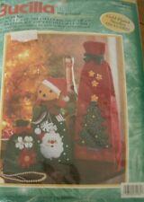 BUCILLA  CHRISTMAS 3 GIFT BAGS  FELT APPLIQUE KIT - NEW