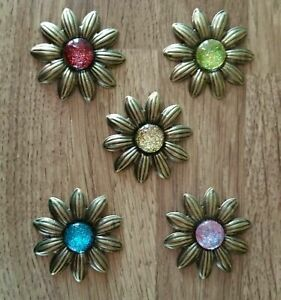 LIGHTWEIGHT  METAL FLOWER EMBELLISHMENTS