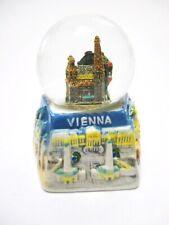 Wien Schneekugel Stephansdom Prater Souvenir Austria Porzellan Sockel