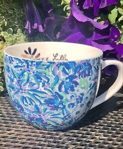 Lilly Pulitzer Blue Palm Tropical Ceramic Coffee Mug Tea Gold Handle 12 0z