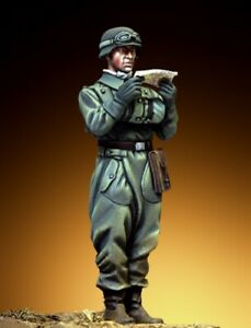 Pegaso Models 1:35 German Motorcycle Driver Courier 1942-45 Resin Kit #PT-024
