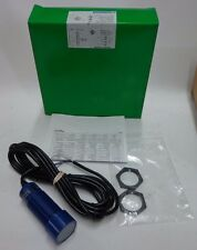 NEW!! Schneider Electric Telemecanique Ultrasonic Proximity Sensor SM906A110200