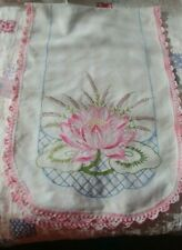 "VTG  36 by 13"" HANDMADE EMBROIDERED TABLE RUNNER DRESSER SCARF PINK WATER LILY"