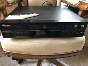 Pioneer PDR-555RW CD Player Recorder. Read Description.