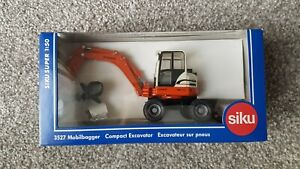 Siku 3527 1/50 Scale Schaeff HML32 Compact Excavator Boxed New