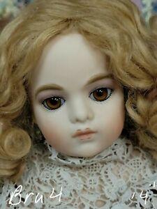 Bebe Bru 4, so cute ! From Jamie Englert