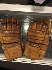 1960'S COOPER WEEKS ARMOURIST COWHIDE  GAME USED HOCKEY GLOVES GUZIK CANADA NICE