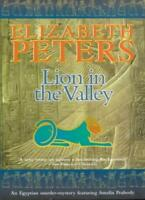 Lion in the Valley (Amelia Peabody),Elizabeth Peters- 9781841192161