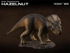 REBOR Dinosaur Collectables Scout Series Triceratops Baby Hazelnut 1:35 scal