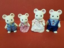 Calico Critters Milky Mouse Family of 4 Piece Set