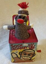 SOCK MONKEY JACK IN THE BOX TOY SCHYLLING PRE OWNED 2008 KIDS CHILDRENS METAL