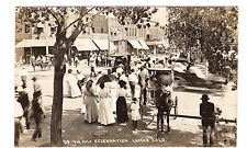 RPPC REAL PHOTO LAMAR CO. 1909 4th OF JULY CELEBRATION STREET CORNER