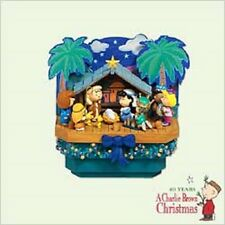 2005 Hallmark CLUB Ornament PEANUTS CHRISTMAS PAGEANT Nativity *MINT* Priority