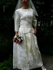 Satin Boat Neck 3/4 Sleeve Wedding Dresses