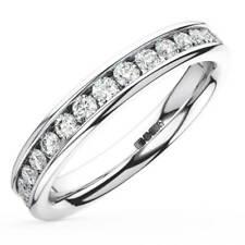 F/VS 1.10ct Round Brilliant Cut Diamond Full Eternity Wedding Ring in Platinum