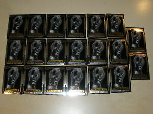 Lot of 21 - 1996-97 Bowman's Best Retro #TB8 Shaquille O'Neal