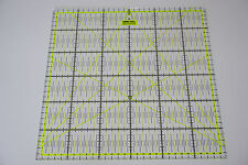 Gelbes Patchwork Lineal 30x30cm mit Zentimeterraster