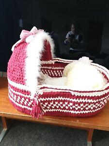 Babys moses basket