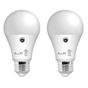 2 Pack Dusk to Dawn Light Bulb, A19 LED Sensor Bulbs Automatic On/Off, 800 Lumen