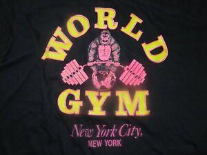 Vintage WORLD GYM Weightlifting Gorilla Barbells - NEW YORK CITY (2XL) T-Shirt