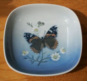Royal Copenhagen - Denmark - Vanessa Atalanta Butterfly - Small Dish