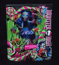 MONSTER High Sweet URLA Ghoulia Yelps Bambola Nuovo con Scatola