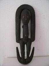 Papouasian statue art primitif tribal art SEPIK crochet à viande