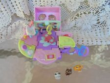 HASBRO LITTLEST PET SHOP COMPACT PLAYSET WITH 3 MINI PETS 2006