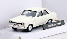 Ford Escort MK 1 weiß 1:43 Cararama  Modellauto