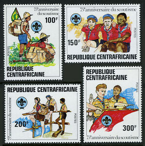 Central Afrique 497-500, 501 S/S, MNH Scoutisme An. Randonnée, Salut, Flag, 1982