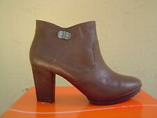 NEW EASY SPIRIT GRAY LEATHER BOOTIES SIZE 8 W WIDE $129