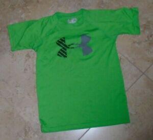 Green Silky Feel Under Armour Heat Gear Loose Fit t-shirt YSM size 8