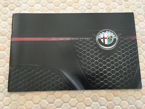 ALFA ROMEO 4C COUPE & 4C LAUNCH SPECIAL Ed & 4C SPIDER PRESTIGE BROCHURE 2015