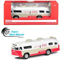 Motor City Classics - 1:64 - Coca Cola 1960 Flxible Starliner Bus