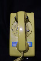 Vintage Western Electric Bell System YELLOW 554 BR-56 Rotary Wall Telephone +Box