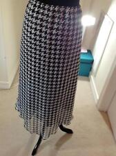 PATRICK CHRISTOPER SELECTIONS Size L Black&White Houndstooth Assymmetrical Skirt