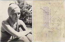 Massiel. Fotografía de la cantante en Marbella, 8 SEP 1972. Tamaño 24 x 18 Ctros