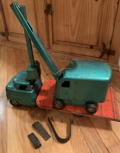 Vintage 1950's Structo Semi Truck with Low Boy Trailer and shovel set Excavator