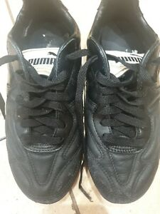 Puma KING Football Boots moulded UK 4
