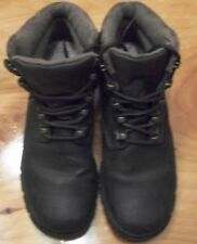 Bass Tundra Boots Ladies Size 6Medium