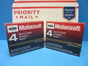 8 Spark Plugs Genuine FORD MOTORCRAFT SP547 OEM # PZH1F 4.6 V8