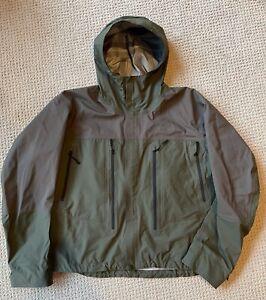 Orvis Pro Fly Fishing Wading Jacket Sz XL Green/Grey Waterproof Zippers