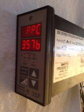 POWERS PROCESS CONTROLS TEMP CONTROLLER 300 320-A2000