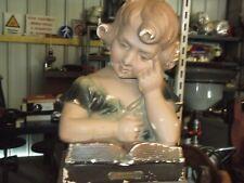 Ancien buste polychrome d'enfant a l'étude statue en plâtre
